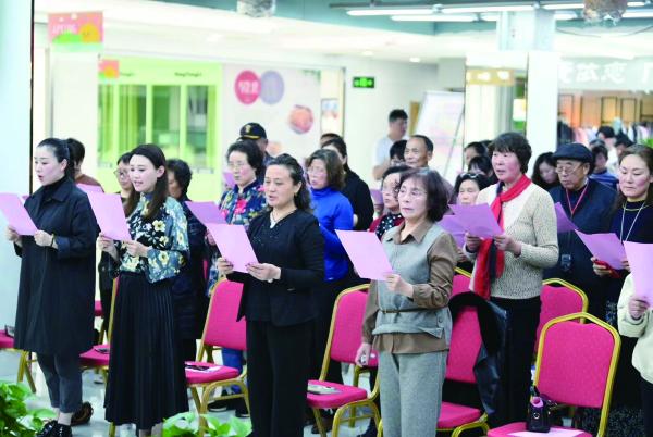 《我是朗读者》公益文化讲座在如皋文峰大世界举行